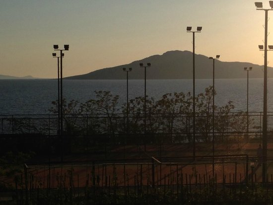 Bodrum Park Resort: Tennis Courts