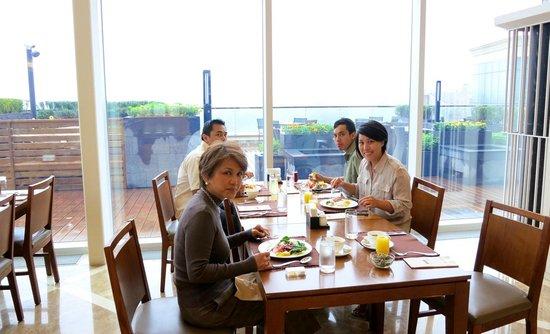 Delpino Golf & Resort: Cafe Roca for breakfast