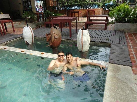 Nantra de Boutique: Swimming pool