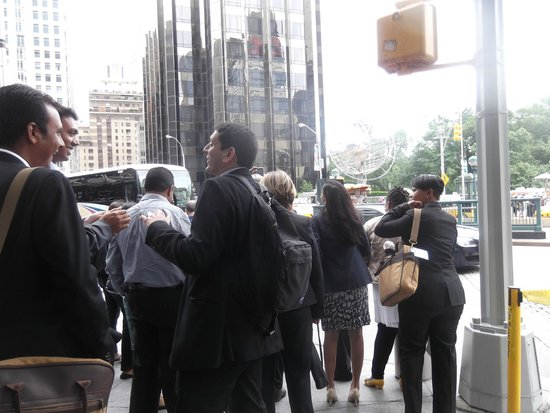 W New York - Union Square: Which way, guys?