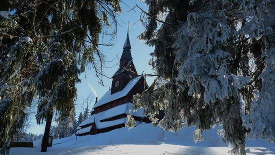 Hahnenklee-Bockswiese, Germany: Stabkirche im Winter