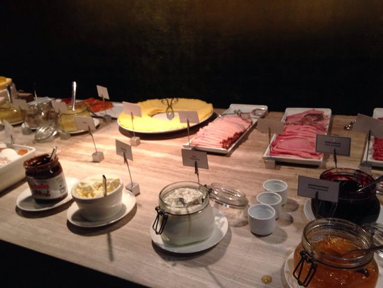 Elite Eden Park Hotel: Breakfast