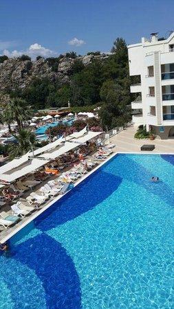 Turunc Hotel: Deni, Havuz gören oda manzarası