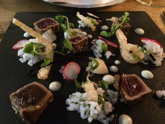 The Restaurant at Lythe Hill: Seared Tuna starter