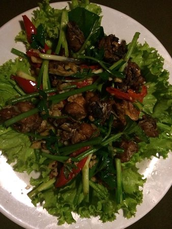 Mr Grill Restaurant: Stir Fried Spicy and Salty Chicken