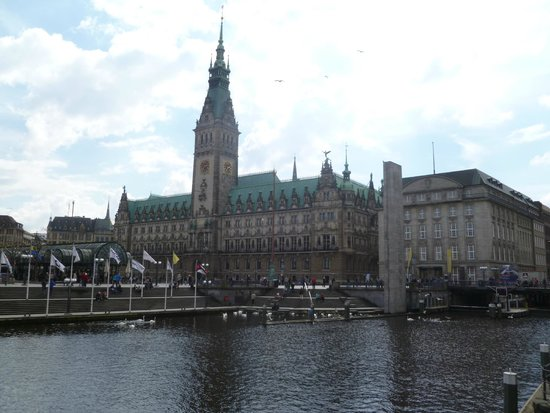 Rathaus on a cloudy day