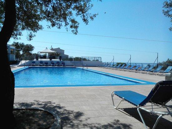 Carpe Diem Cadaqués: THE piscine