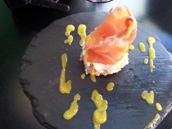 Bar Europa: лосось с манговым соусом