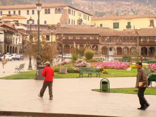 Centro Historico De Cusco: vista da praça