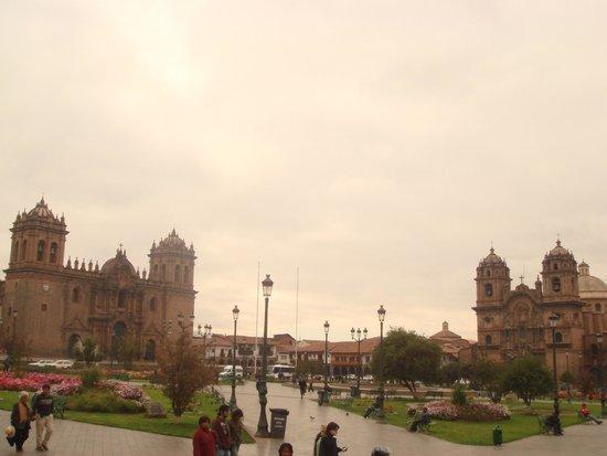 Centro Historico De Cusco: as duas igrejas