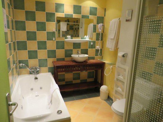 Hotel Azur : Bathroom