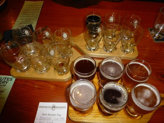 Deschutes Brewery: Sampler Trays