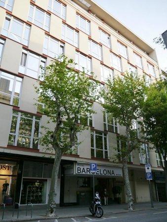 Barcelona Atiram Hotel: 外観