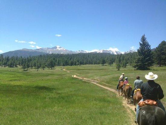 Sombrero Ranch: Riding through the meadow.