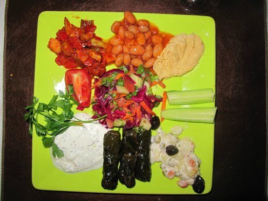 SOS Cave Hotel: fresh food