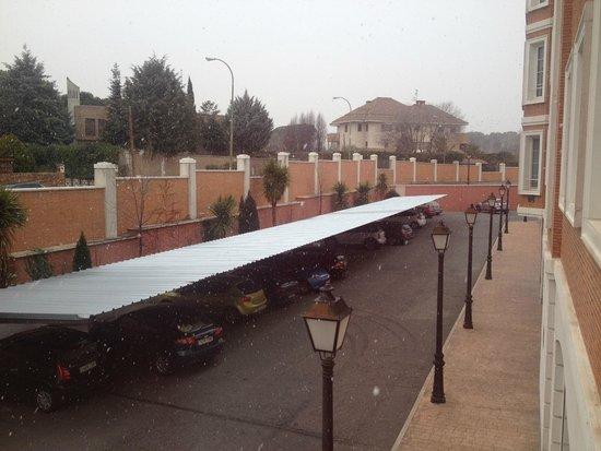 Eurostars Zarzuela Park: Парковка как крытая так и обычная