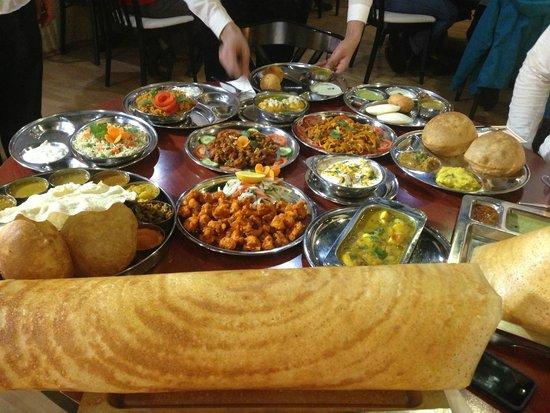 Photo of Indian Restaurant Saravanaa Bhavan at Kaiserstr. 66, Frankfurt 60329, Germany