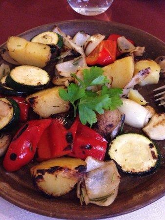 Karavella : Légumes grillés et pommes de terre