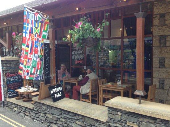 St Martins Tea Room & Grill: Outside