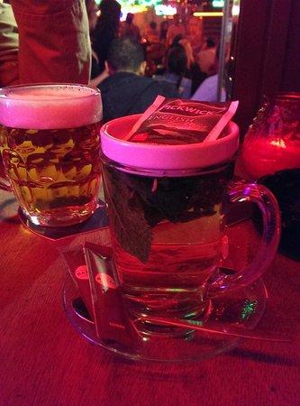 Smokey Coffeeshop: mint tea and beer