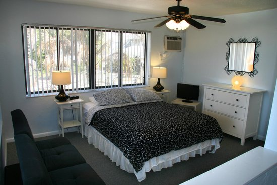 Sabal Palms Inn: Gulffront Studio Unit