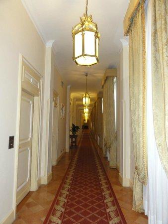 San Domenico Palace Hotel: Couloir shining