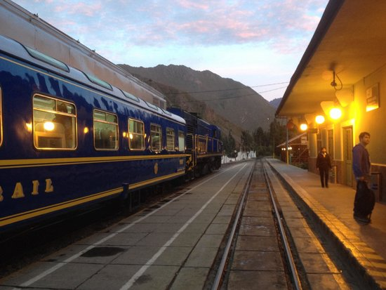 Cusco & Machu Picchu Railway : Early morning adventures to Machu Picchu!