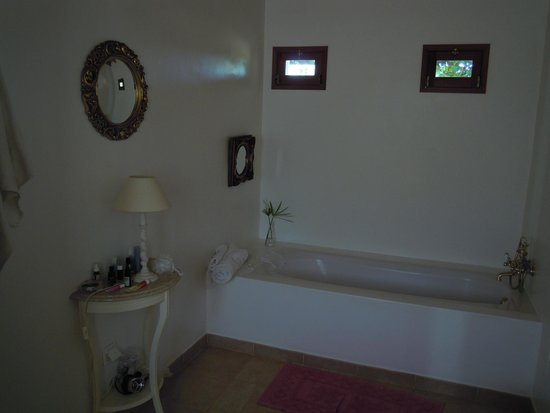Pedras Verdes Guesthouse: bathroom