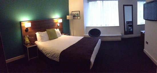 Days Inn Liverpool City Centre : Lovely big bedroom