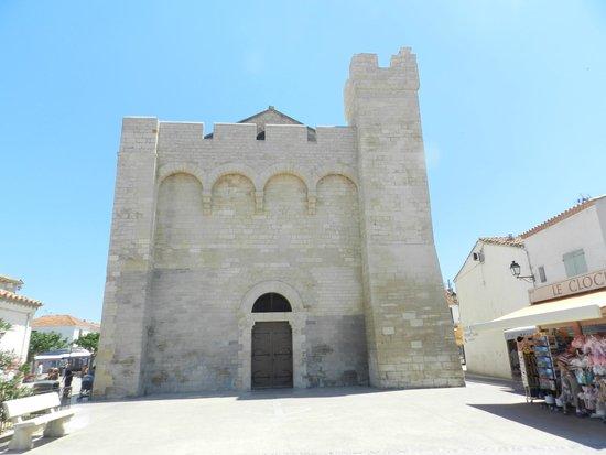 Église des Saintes-Maries : facciata della chiesa