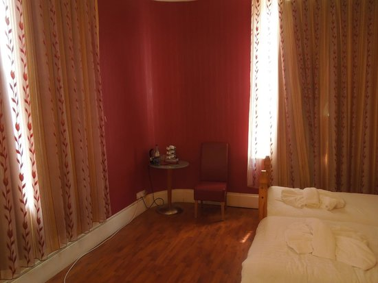 Hotel Makedonia Ltd: Chambre
