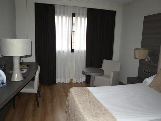 Sercotel Gran Hotel Luna de Granada: habitacion