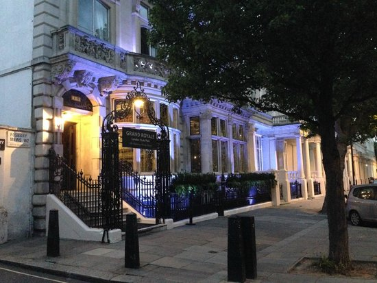 Grand Royale London Hyde Park: Entrance, Grand Royale Hyde Park
