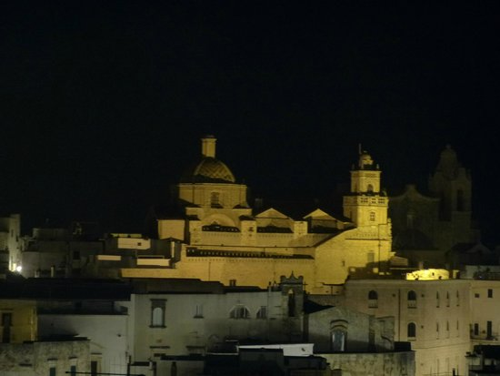 Casa Tavani: night from La Terrazza