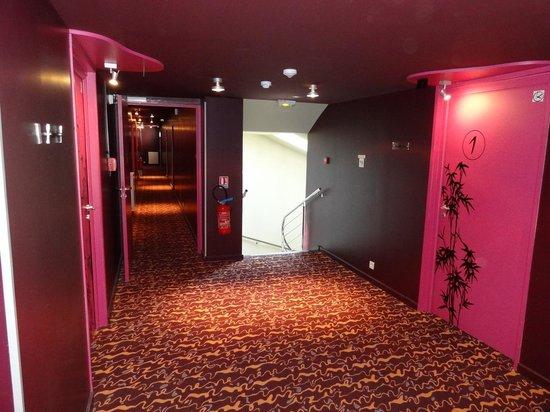 Hôtel Le Ceïtya : Hall chambres 1er étage
