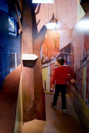 Niederländisches Widerstandsmuseum (Verzetsmuseum): The Dutch Resistance Museum Junior