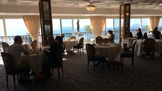 Grand Hotel Parker's: The breakfast/dining room