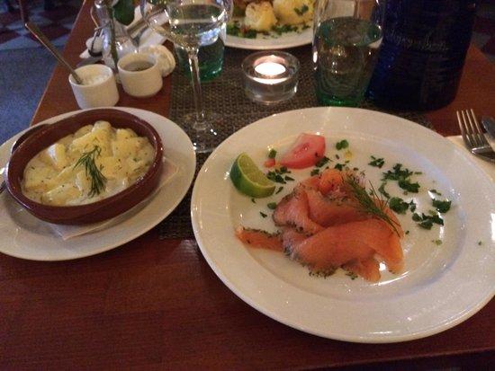 Restaurang Samborombon: Smoked salmon