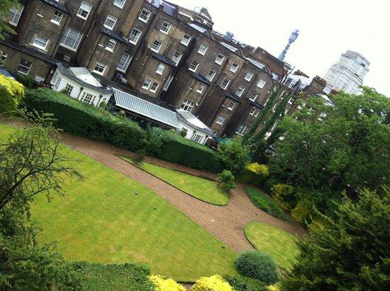 Grange Beauchamp Hotel: Garden view