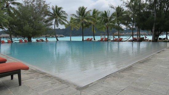 InterContinental Bora Bora Resort & Thalasso Spa: piscina