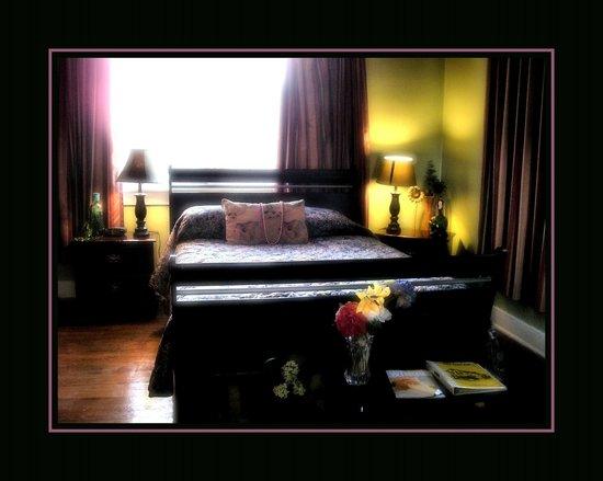 Olde Town Inn: room