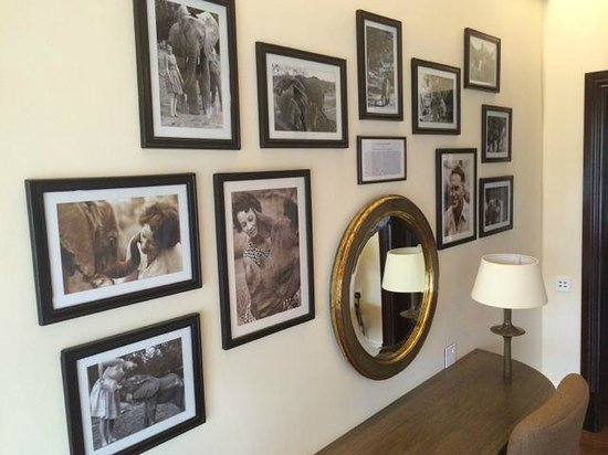 Hemingways Nairobi: period photos in every room