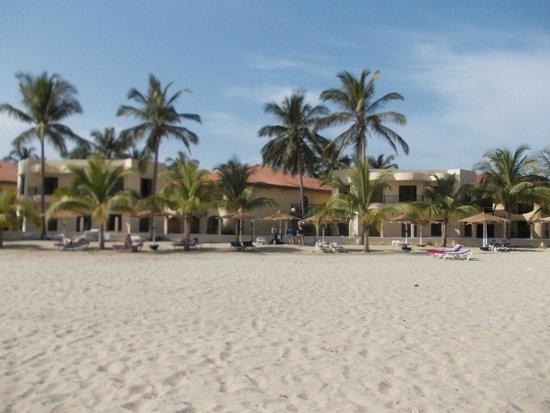 Ocean Bay Hotel & Resort: Hotel from the beach