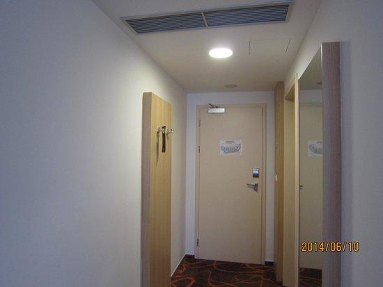 Iris Hotel Eden : room