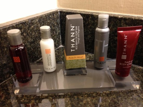 San Francisco Marriott Marquis: Bathroom Toiletries
