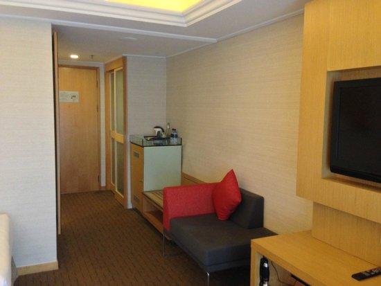 Novotel Singapore Clarke Quay: Door