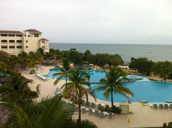 Iberostar Rose Hall Beach Hotel : View from room