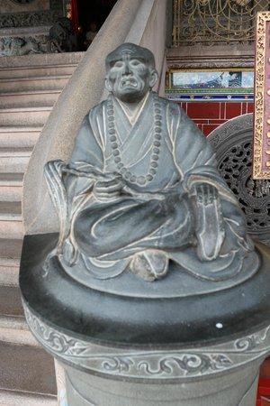 Khoo Kongsi : Statue