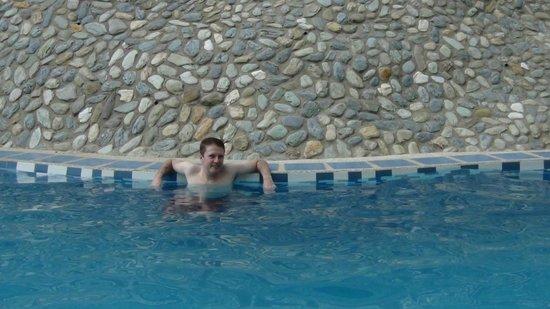 Tribal Hills Mountain Resort: Pool