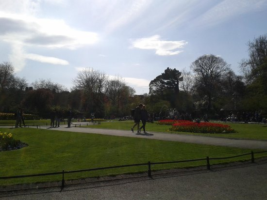 St. Stephen's Green: Spring
